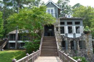 Lake Martin Estate