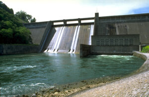 Norris Dam with water coming through