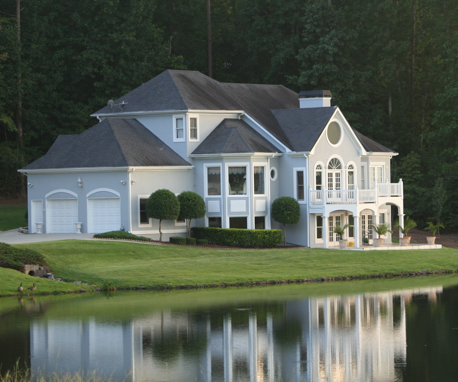 Lakefront Homes: 10 Of The MOST EXPENSIVE Tennessee Lake Homes
