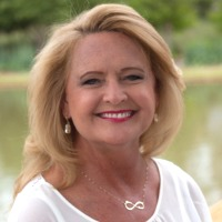 Lake Homes Realty - Doris Phillips
