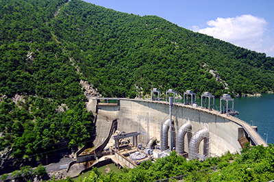 Smith Mountain Dam coils and mountain side