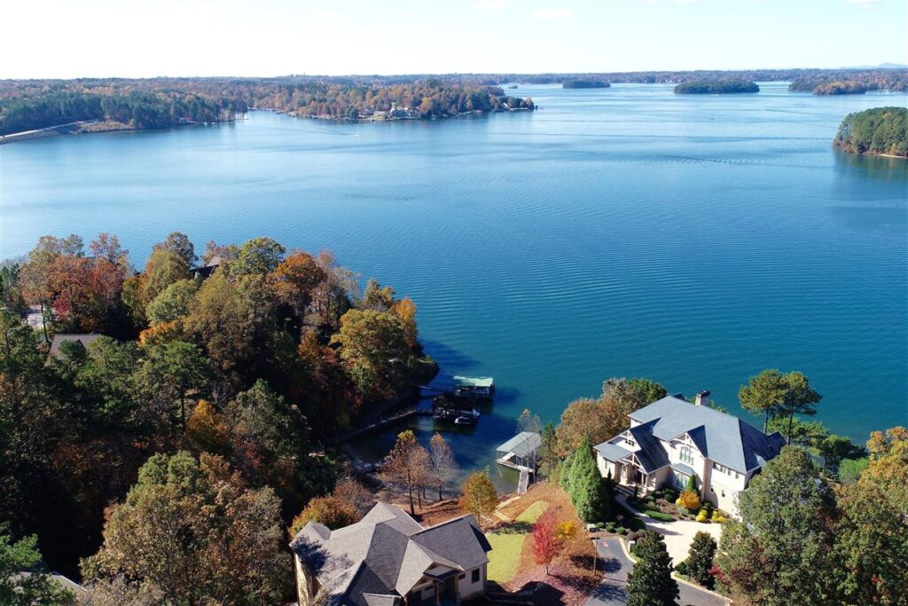 Lake Keowee, South Carolina