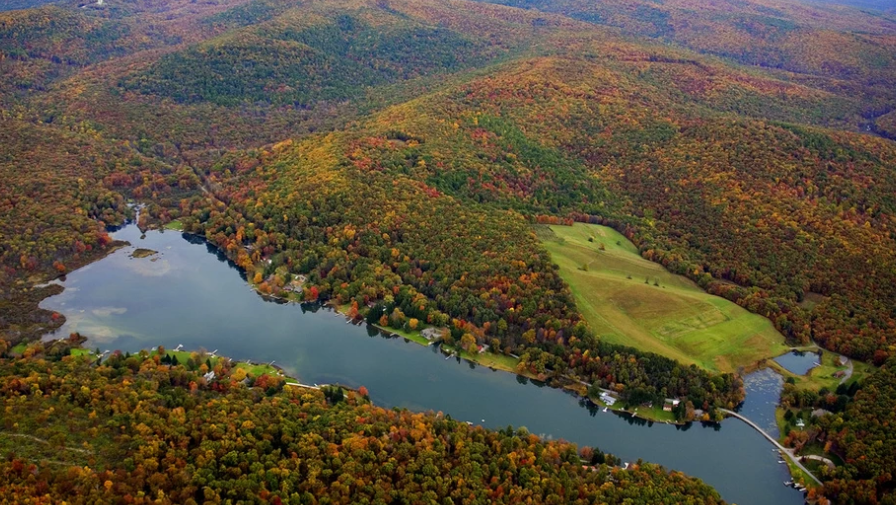 Lake of the Woods, Virginia, one of America's best retirement lakes
