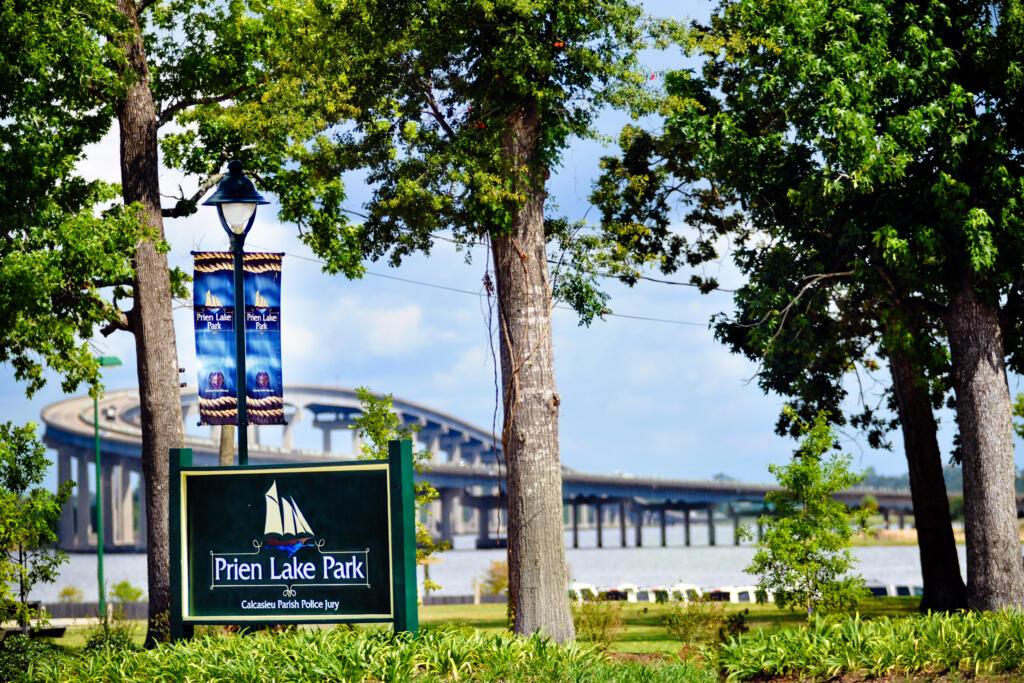 Prien Lake Park with view of I210 bridge