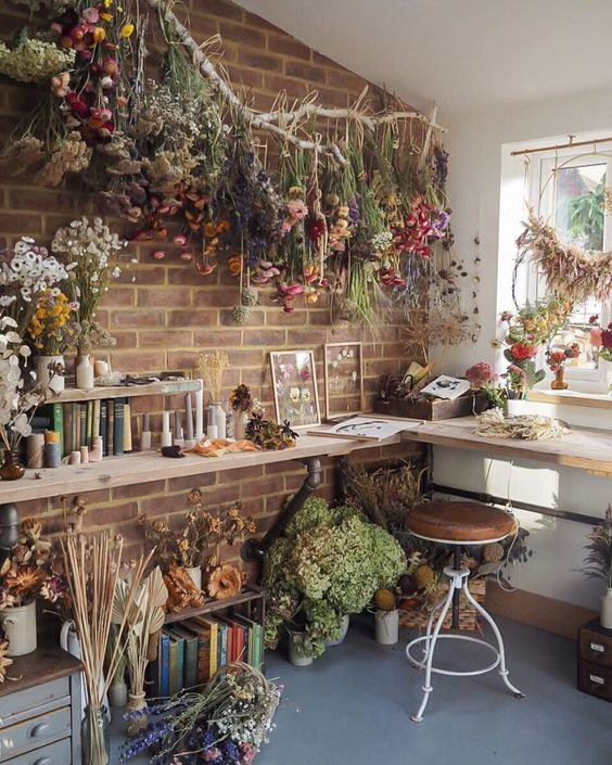 living room lake house decorate ideas - dried florals flowers ideas arrangements