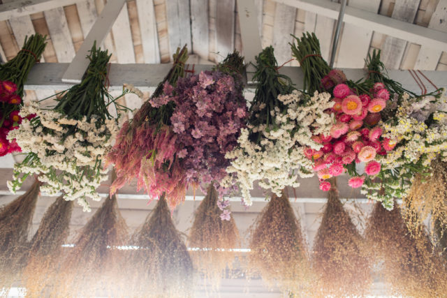 hanging flowers to dry - lake house decorating ideas