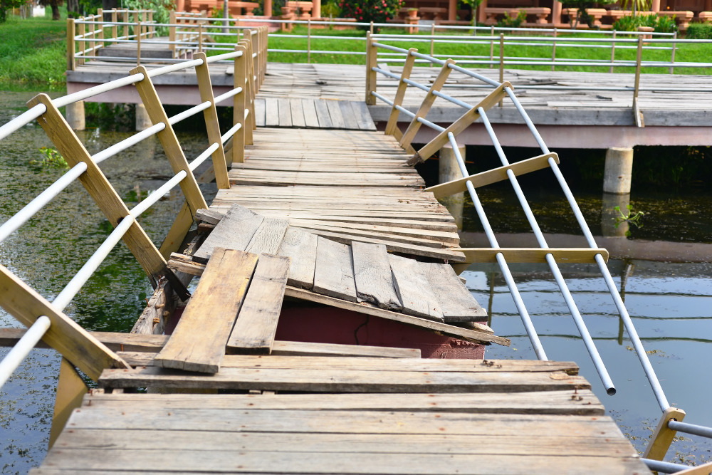 how to repair a fixed lake dock - repairing the post of a dock or pier - repairing a dock